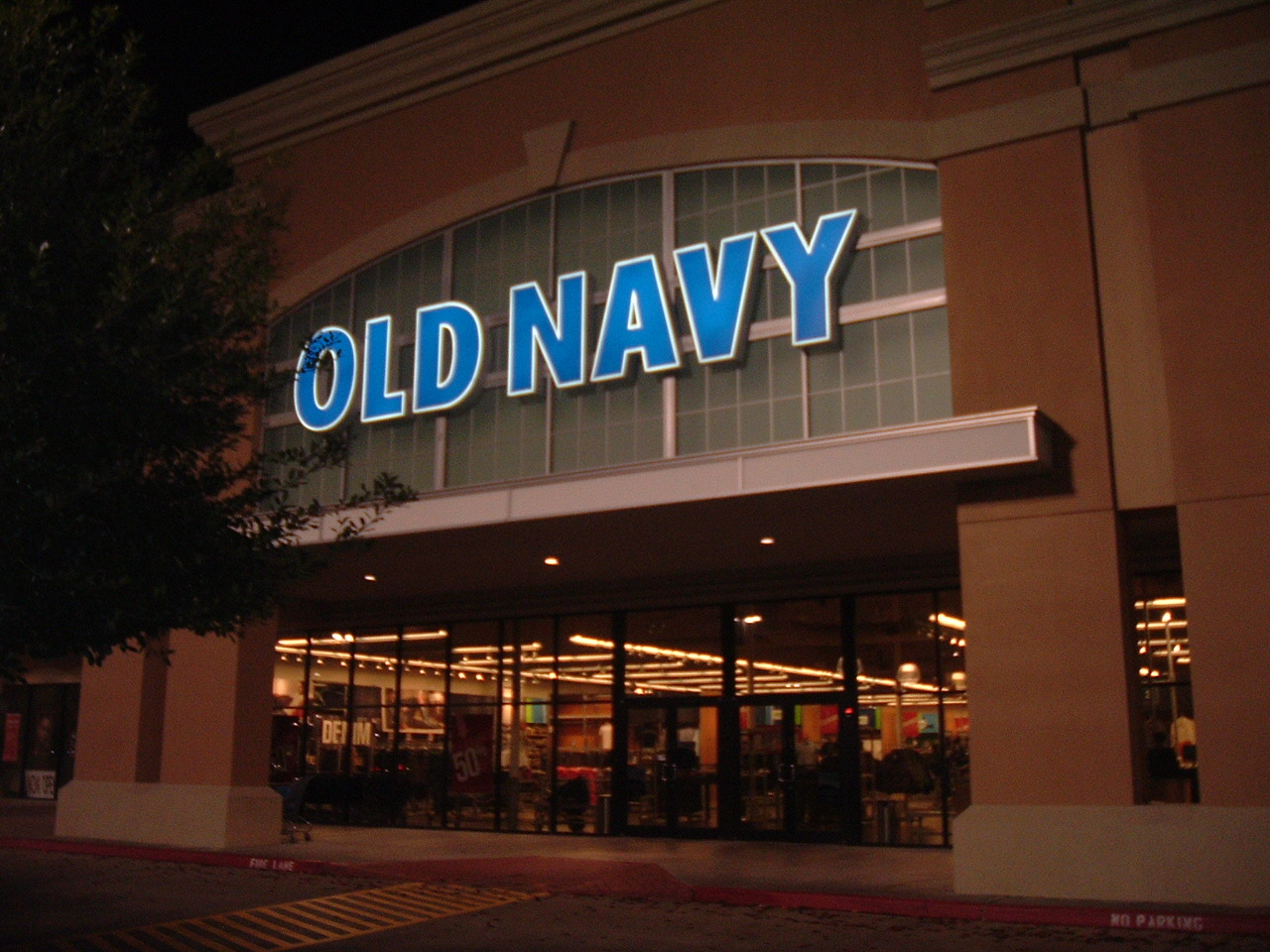 Yahoo! Shopping is the best place to comparison shop for Old Navy Outlet Online Stores. Compare products, compare prices, read reviews and merchant ratings.